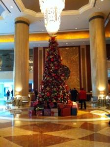 Xmas tree @Shangri La lobby